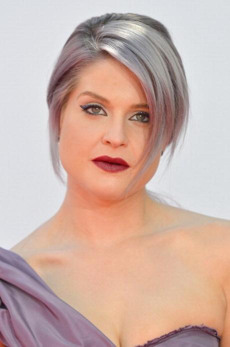 Capelli corti bianchi - Bagno di colore copre i capelli bianchi ...