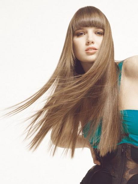 Donna capelli lunghi