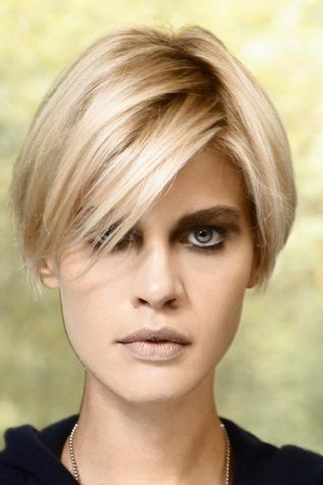 Foto di tagli di capelli corti femminili