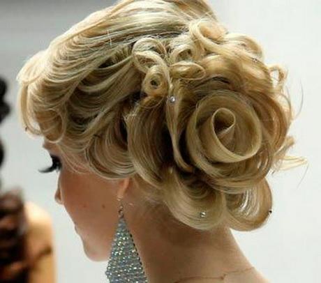 Tendenze acconciature capelli sposa autunno inverno 2013-2014