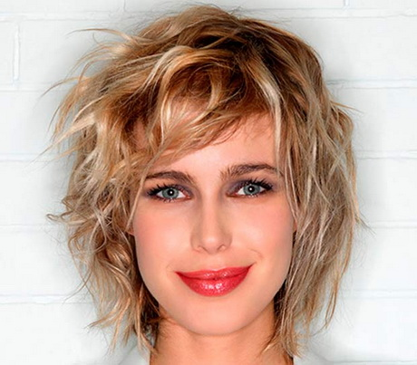Foto tagli capelli corti particolari
