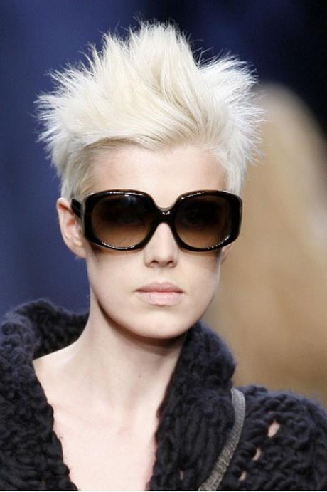 Tagli di capelli corti donna