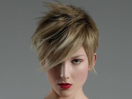 Taglio capelli corti 2014 donne