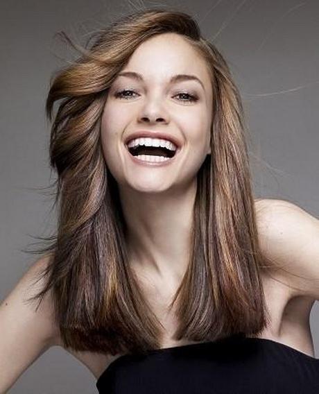 Taglio capelli donne lunghi