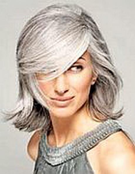 Donne con i capelli bianchi