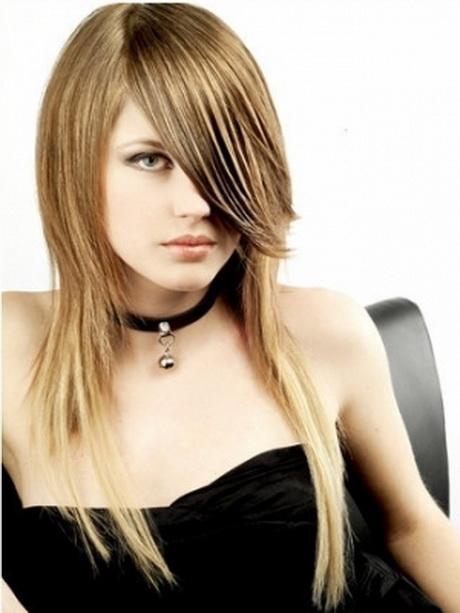 Taglio sfilato capelli lunghi