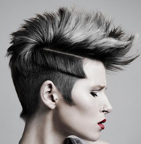 Taglio corto rasato donna