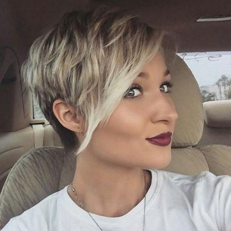 Tagli capelli corti ragazza 2017
