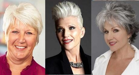 Taglio capelli corti donne 50 anni