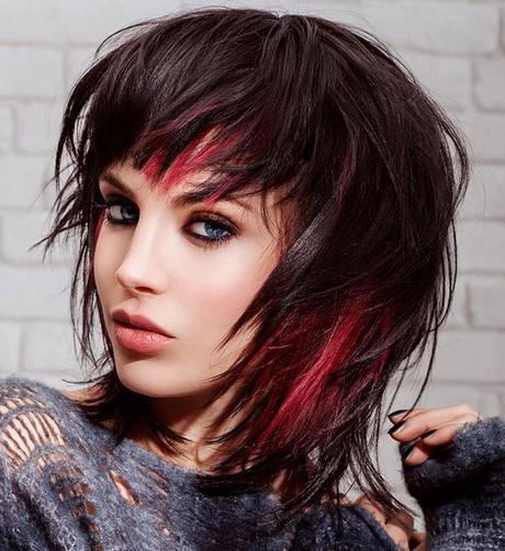 Meches rosse su capelli castani