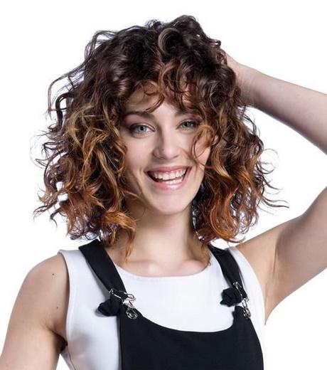 Taglio capelli ricci naturali