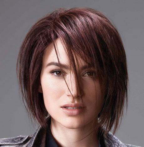 Taglio capelli caschetto lungo davanti