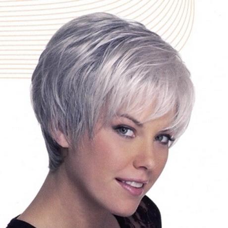 Acconciature capelli bianchi