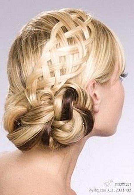 Acconciature per capelli lunghezza media