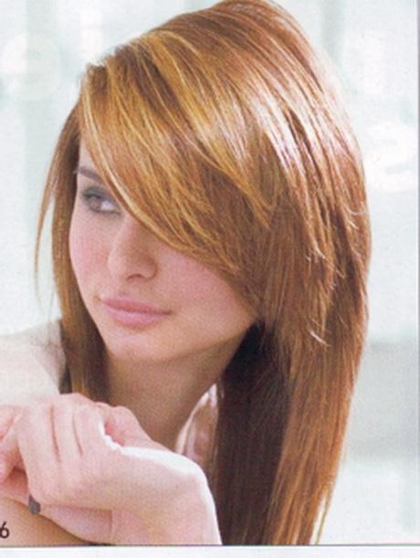 tagli  capelli lunghi  ciuffo