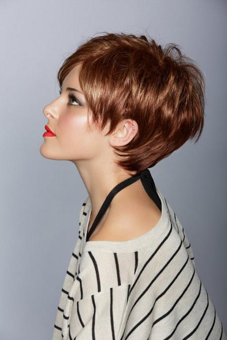 Taglio capelli corti donna estate 2014