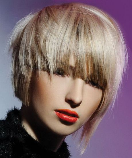 Taglio capelli medio donna