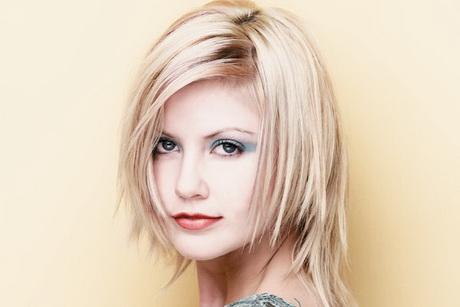Taglio di capelli da donna