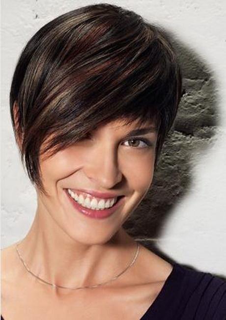 Foto tagli capelli corti donne