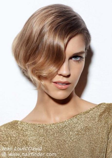 Pettinature eleganti capelli corti