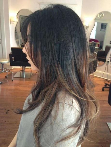 Balayage capelli castano scuro