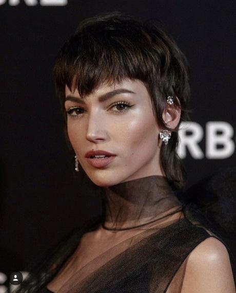 Taglio capelli corti mossi 2019 donne