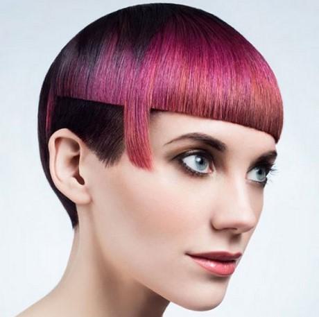 tagli  capelli particolari femminili