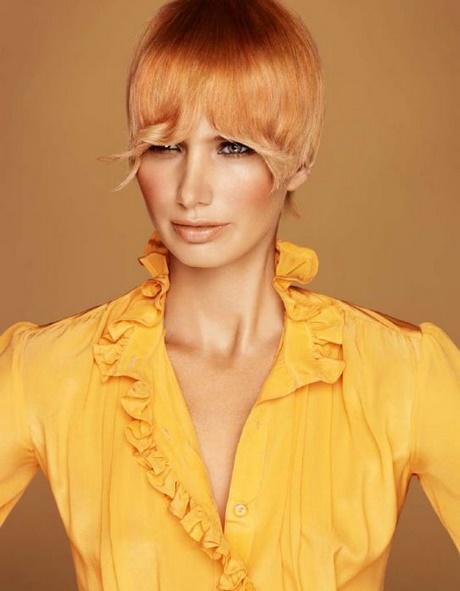 Taglio capelli corti anni 70