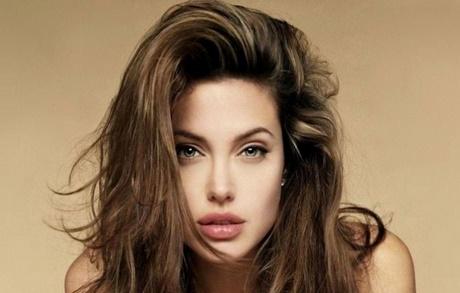 Taglio capelli viso lungo donna